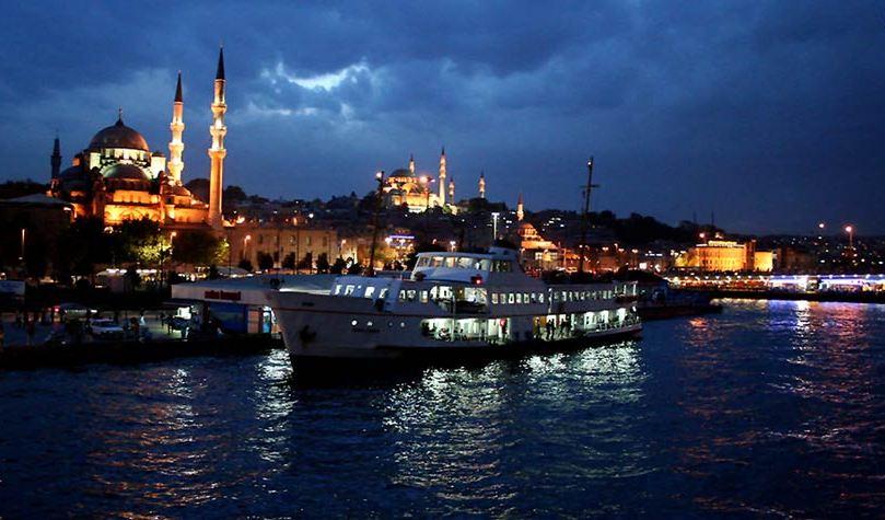 На виїзд стамбул туреччина